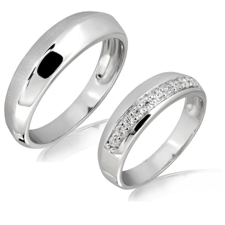 แหวนทองคู่รัก 18K ประดับเพชร น้ำหนักรวม 0.15 กะรัต ค่าสี E ค่าความสะอาด VS