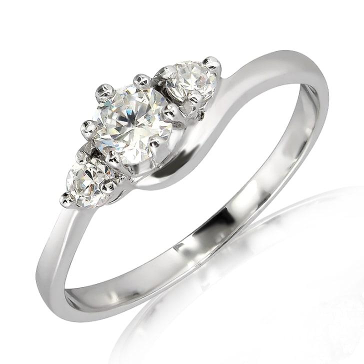 แหวนทอง 18K ประดับเพชร น้ำหนักรวม 0.35 กะรัต ค่าสี E ค่าความสะอาด VS