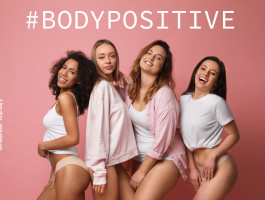 20211011 body positivity trotz schoenheitsoperation was sie wirklich gluecklich machtrjttws