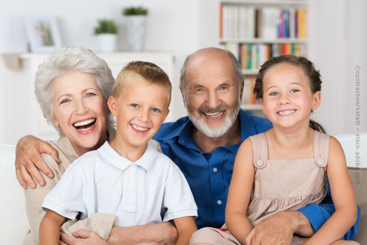 R cken kinder senioren contrastwerkstatt adobestockllwrq5