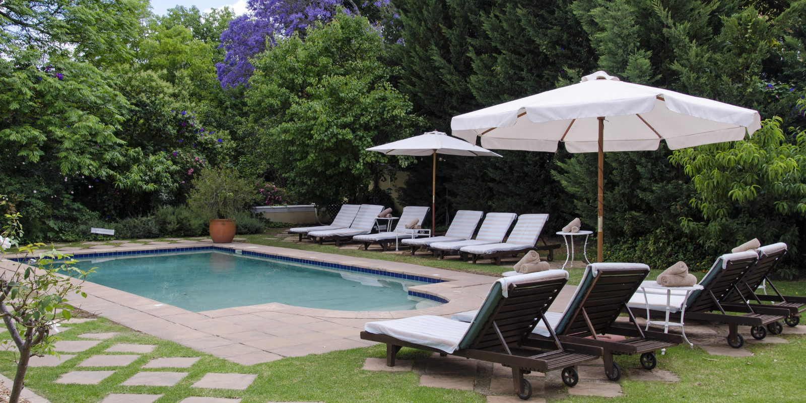 River manor boutique spa hotel in south africa for River north boutique hotels