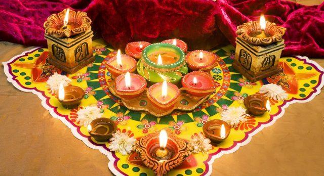 How to celebrate Diwali in India
