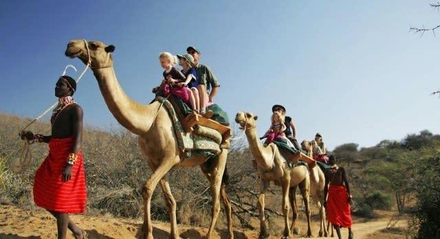 Kamel Safari für die ganze Familie in Kenia