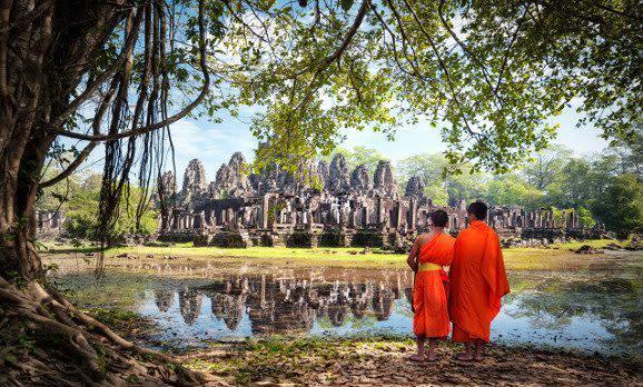 Mönche in Angkor Wat, Kambodscha