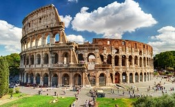 Enchanting Travels Italy Tours Colosseum in Rome, Italy.