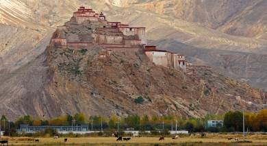 Example private tour: Tibet – Majestic Mountains, Culture and Heritage