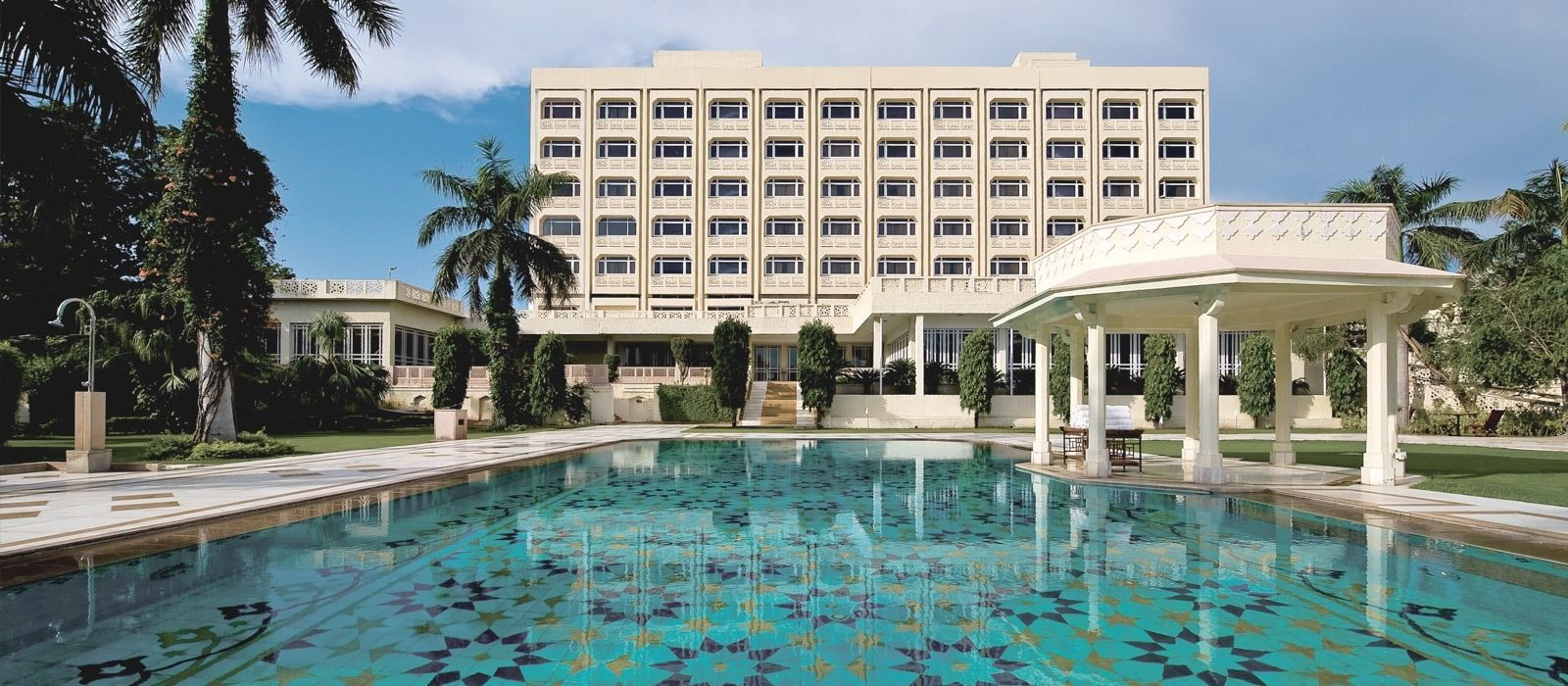 Hotel The Gateway  Fatehabad Road North India