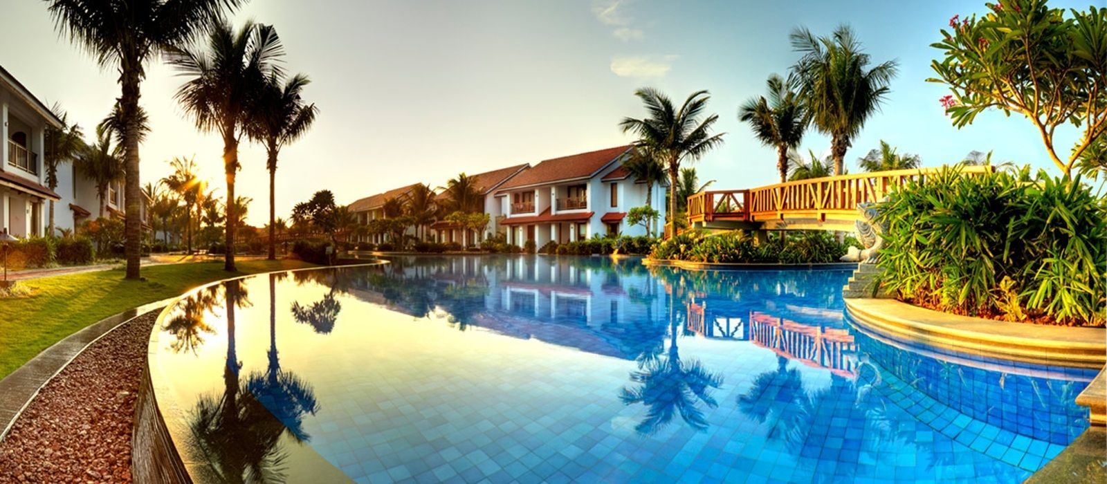 radisson blu resort temple bay hotel in south india | enchanting