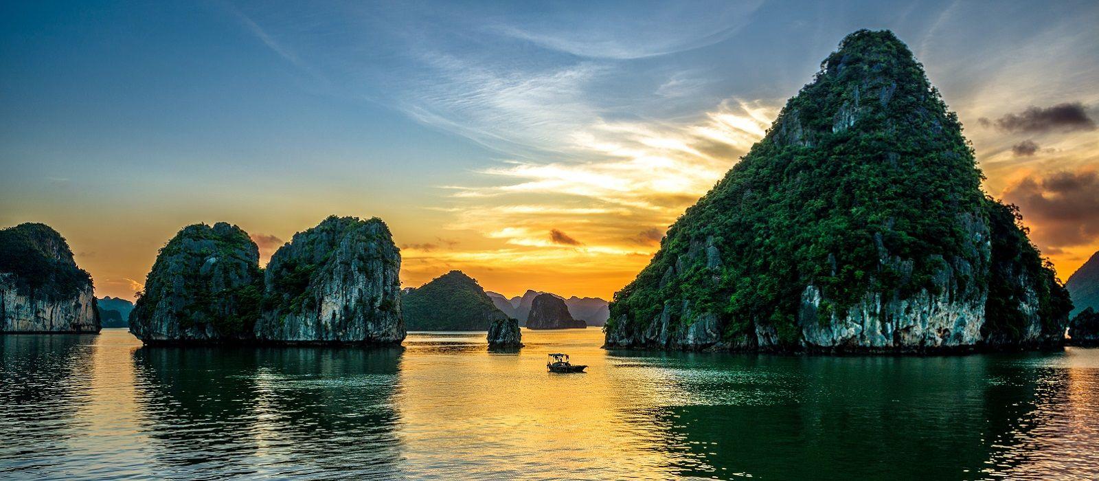 Vividly Yours, Vietnam Tour Trip 4