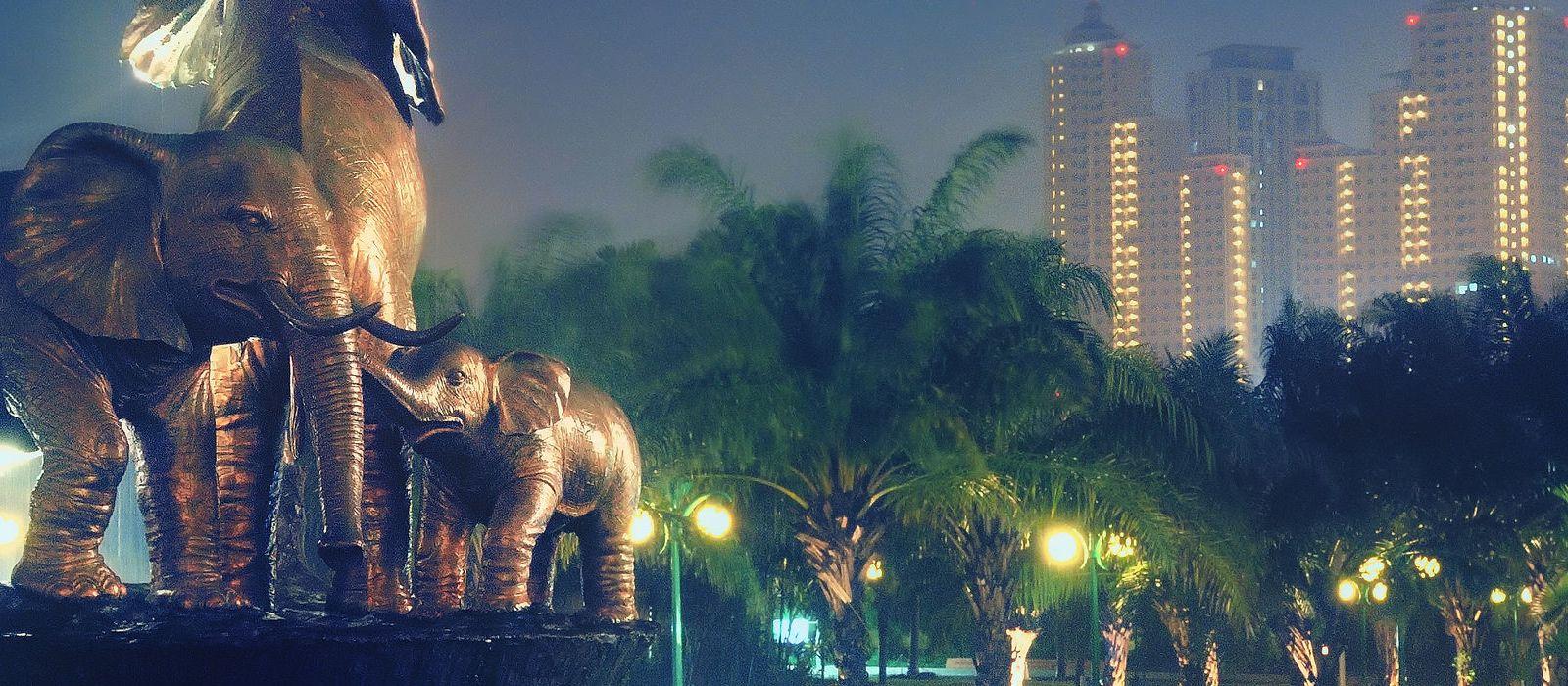 Destination Surabaya Indonesia