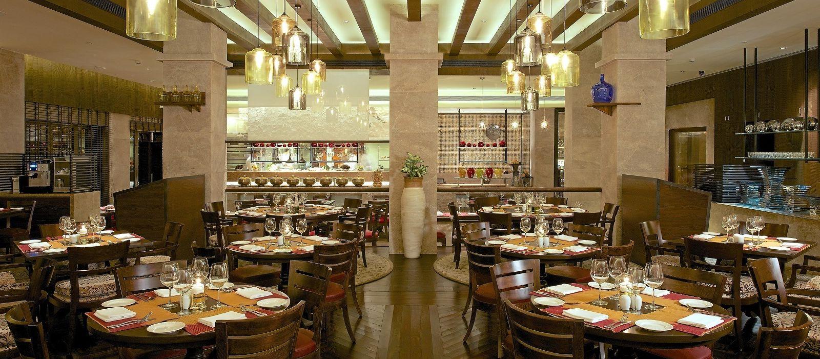 Hotel Vivanta by Taj – President Central & West India