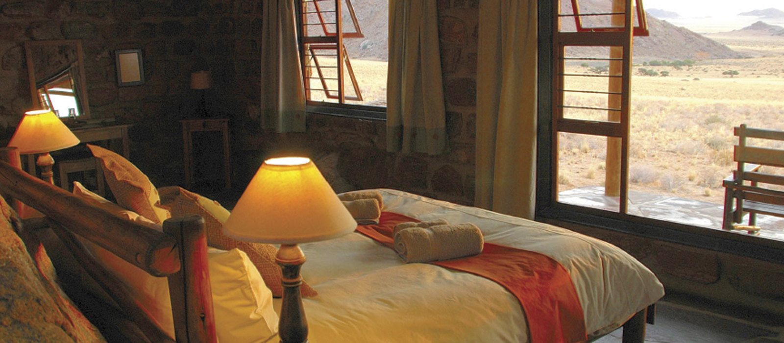 Hotel Klein Aus Vista Eagle's Nest Chalets Namibia