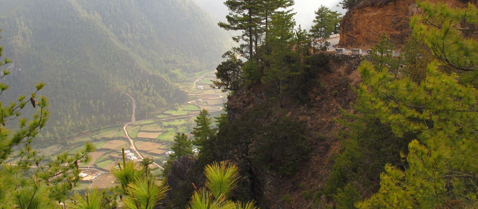 Hotel Trekking in Gangtey Bhutan