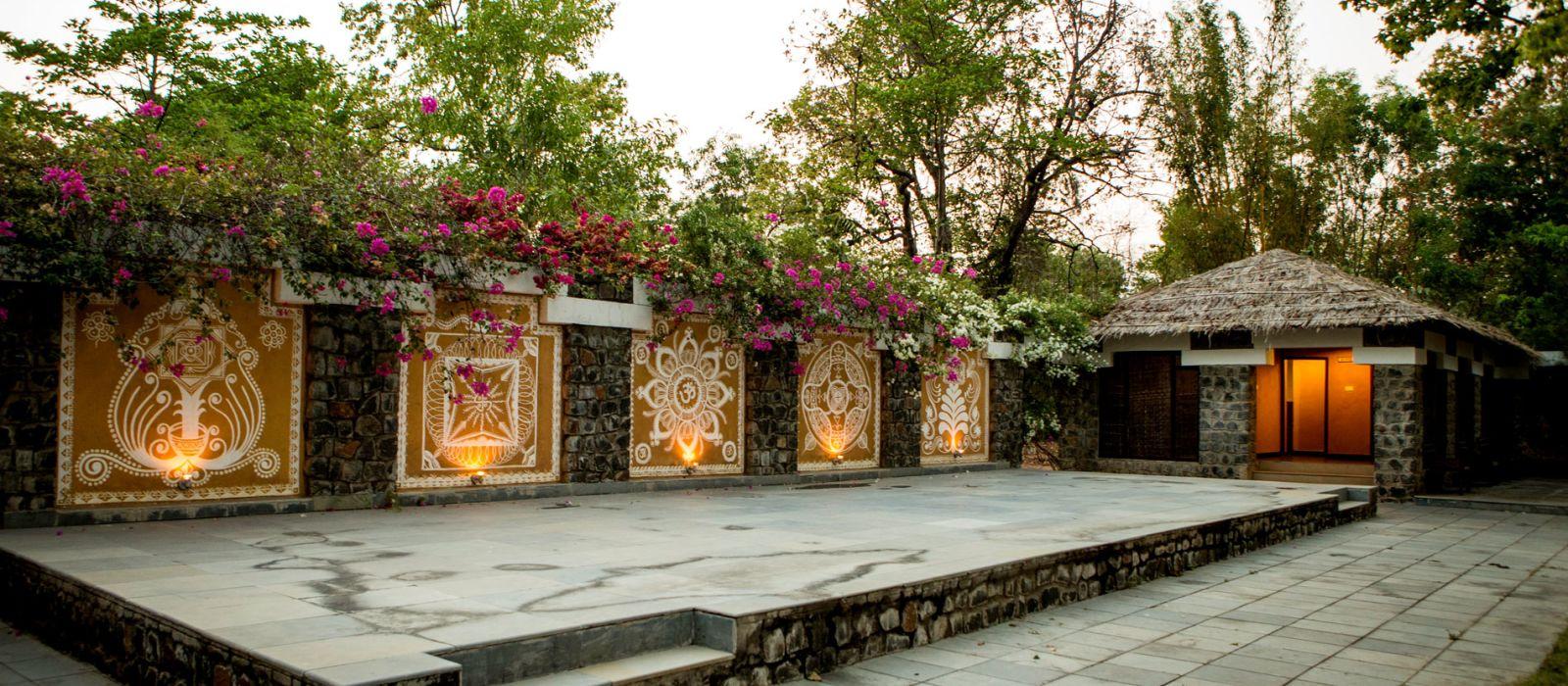 Hotel Bandhav Vilas North India