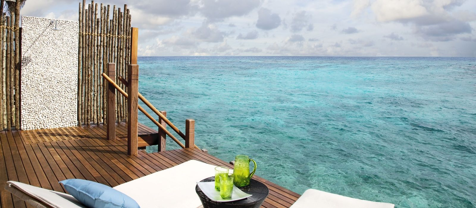 Hotel Vivanta by Taj – Coral Reef Maldives