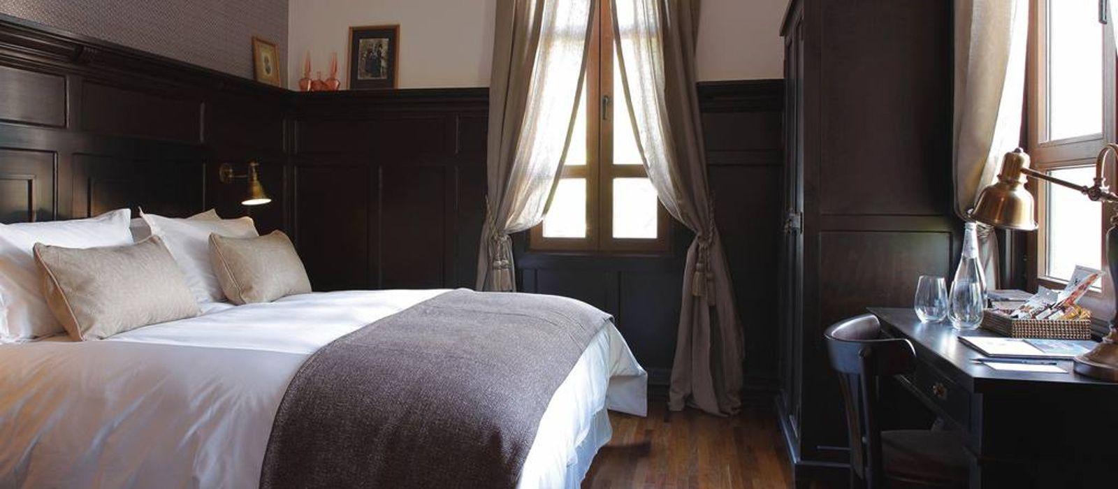 Hotel Castillo Rojo  Chile