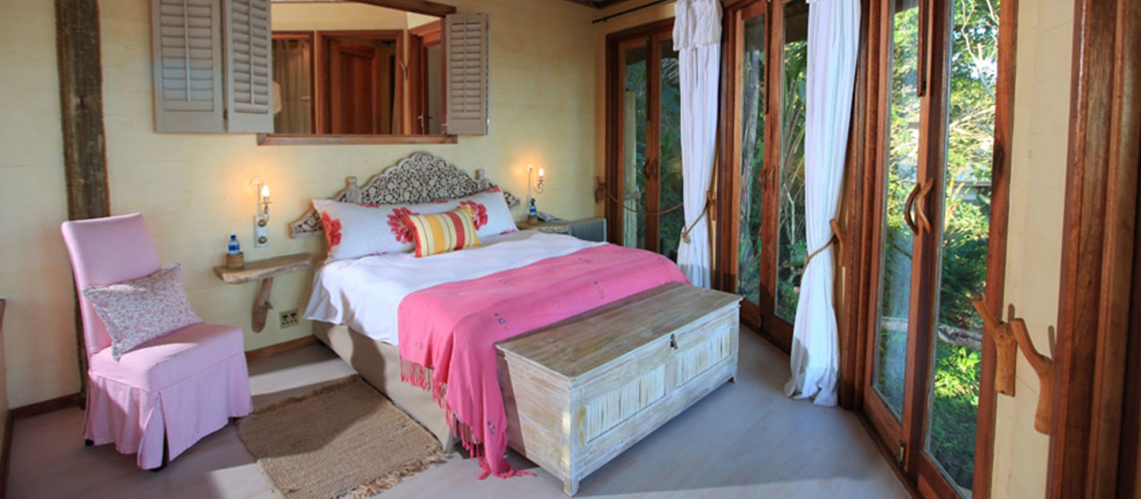 Hotel Umngazi River Bungalows South Africa
