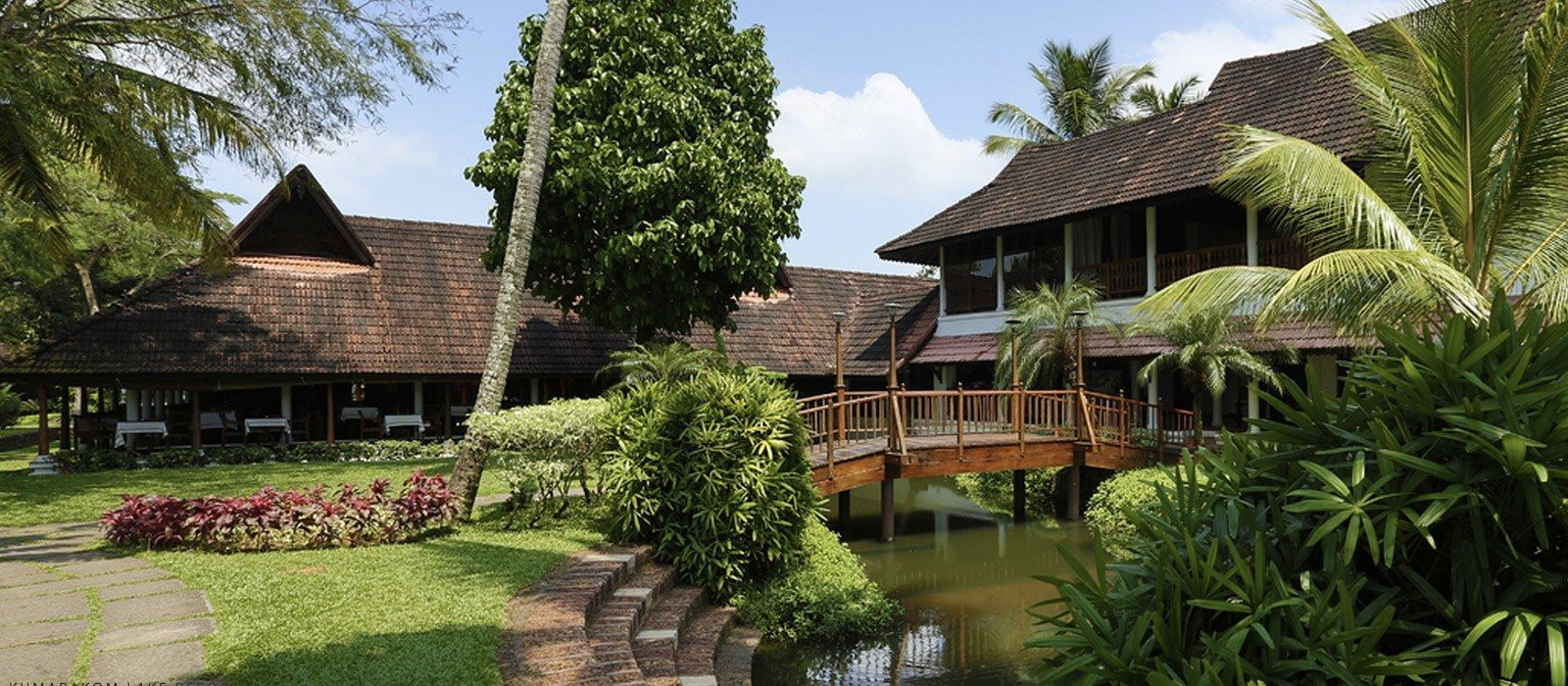 Kumarakom Lake Resort Hotel In South India Enchanting Travels