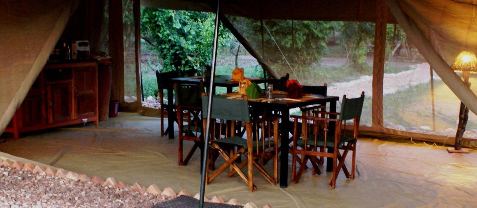 Hotel Queen Elizabeth Bush Lodge Uganda
