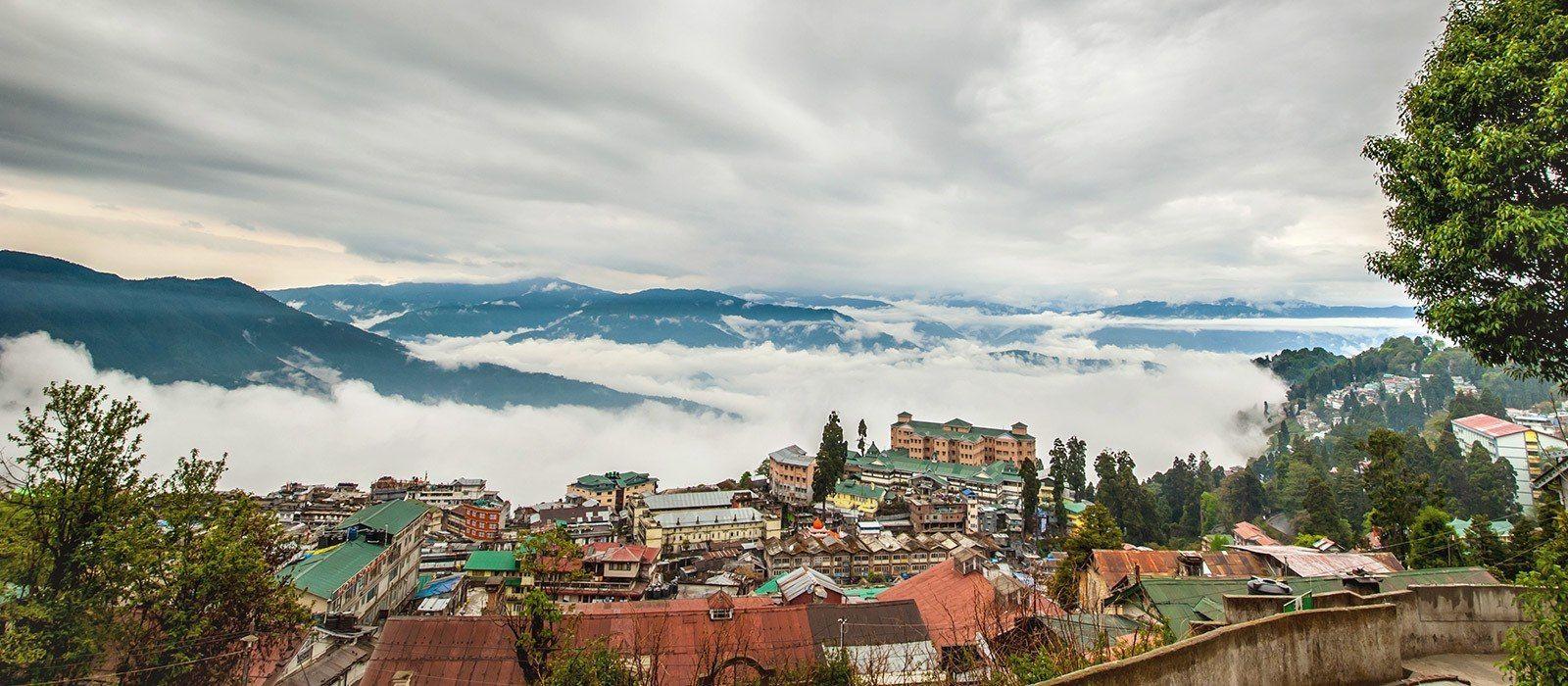 Destination Darjeeling Himalayas