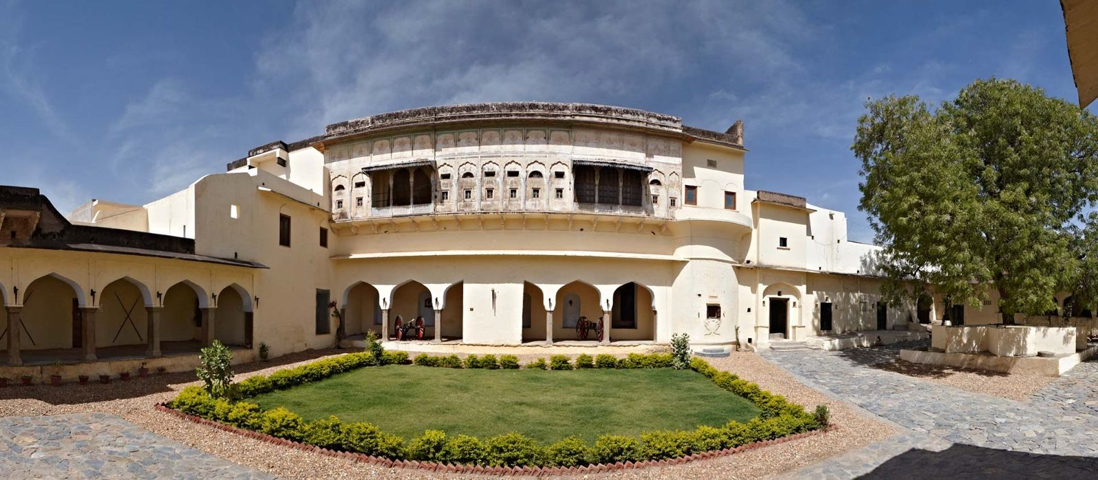 Hotel Fort Barli North India