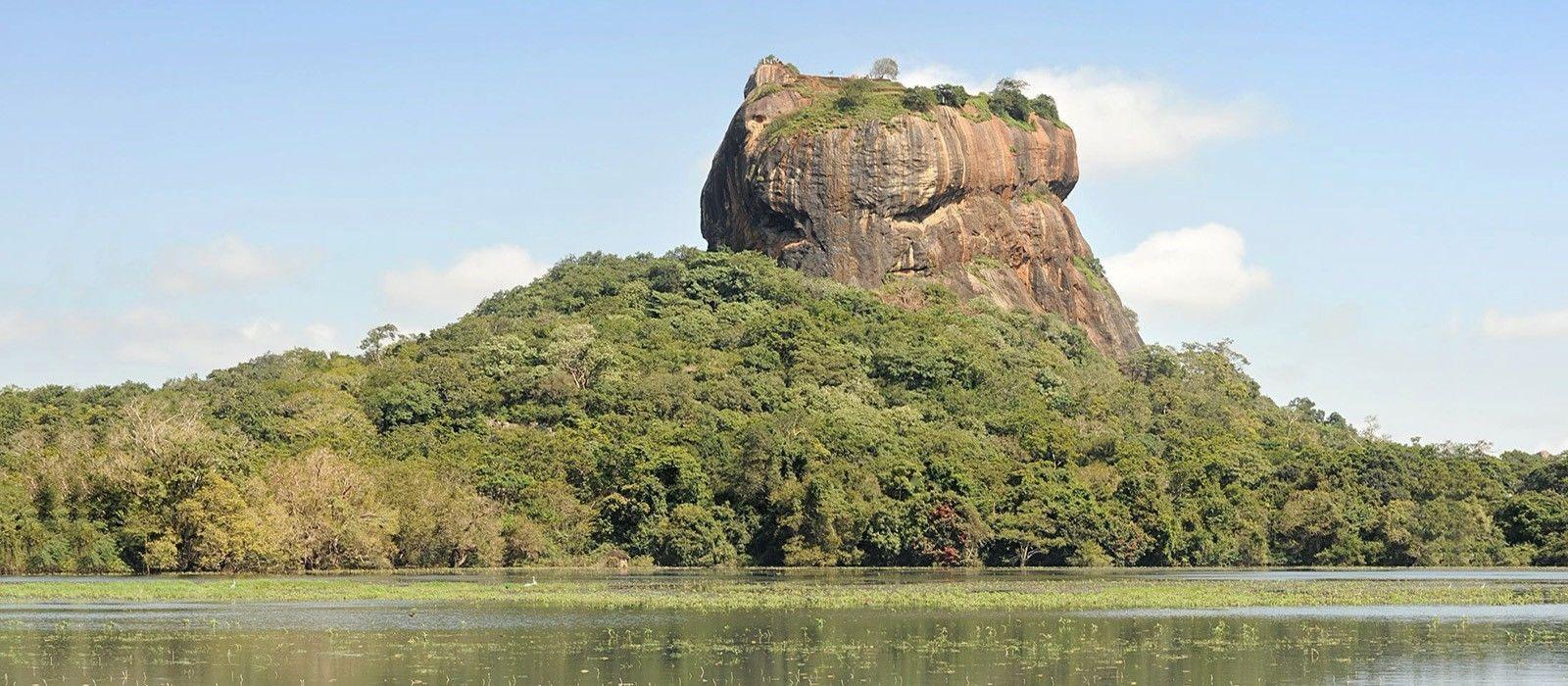 Ancient Wonders & Beaches of Sri Lanka Tour Trip 8