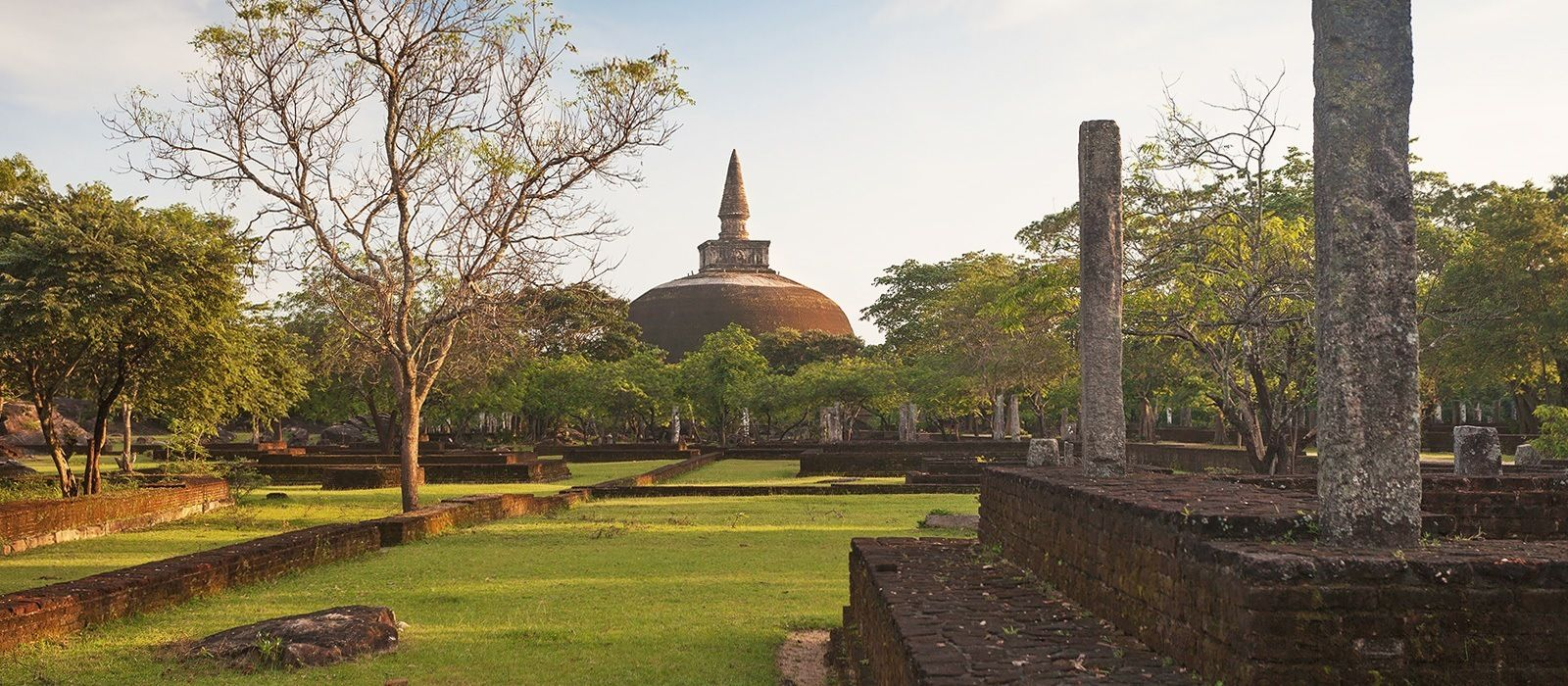 Ancient Wonders & Beaches of Sri Lanka Tour Trip 1