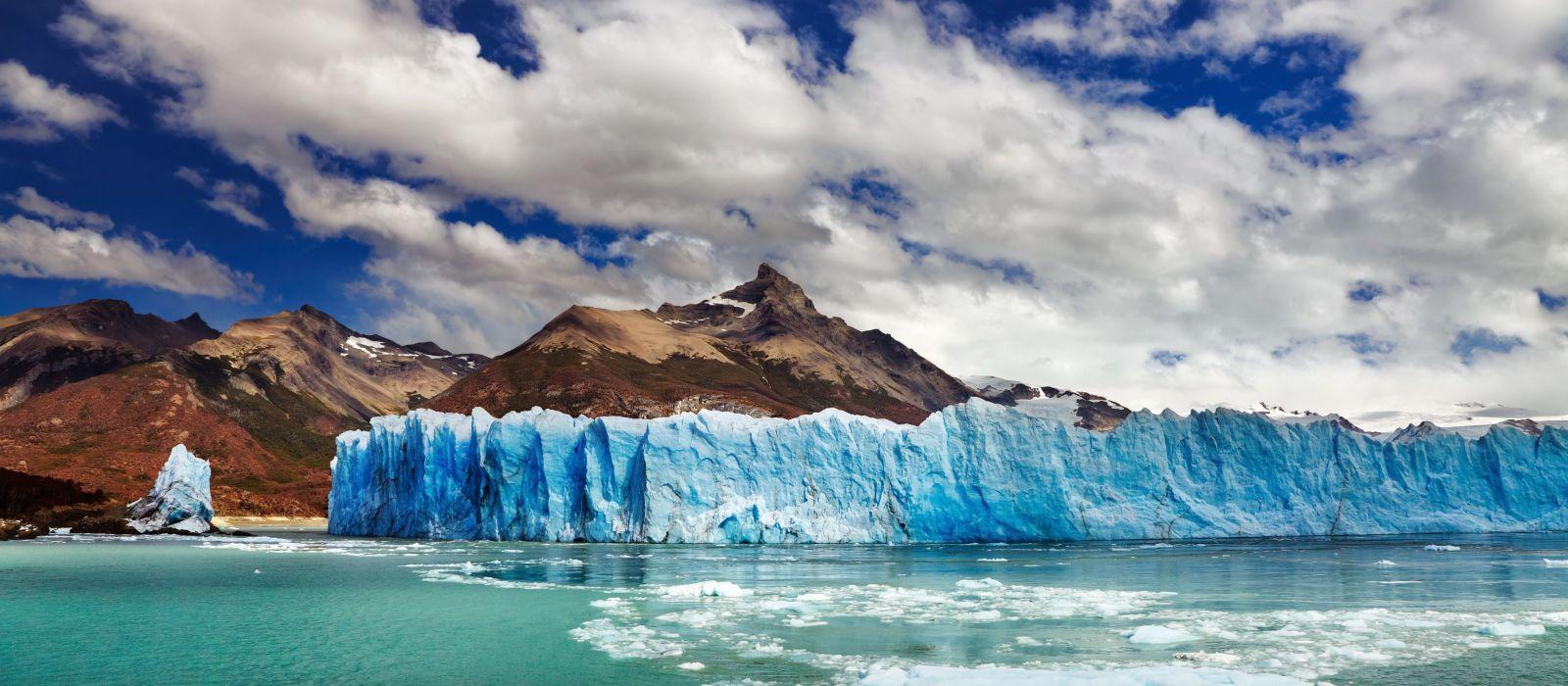 Glaciers, Wildlife & Waterfalls in Argentina Tour Trip 1