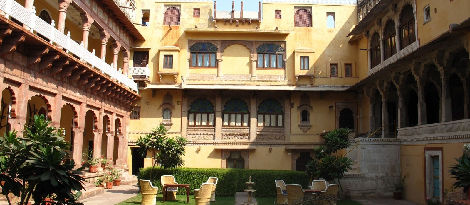 Hotel Chanoud Garh Fort North India