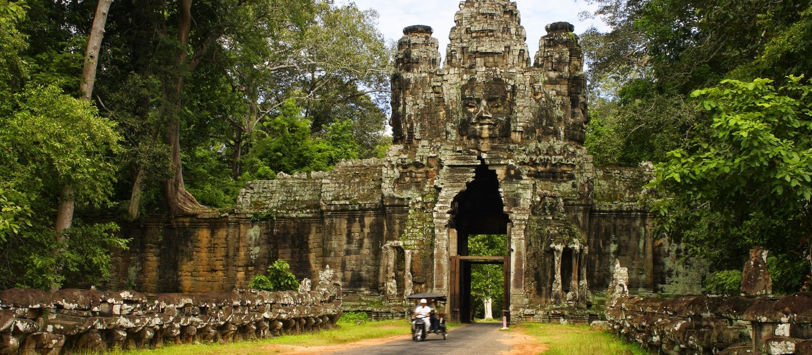 Cambodia's Culture, History and Pristine Beaches Tour Trip 2