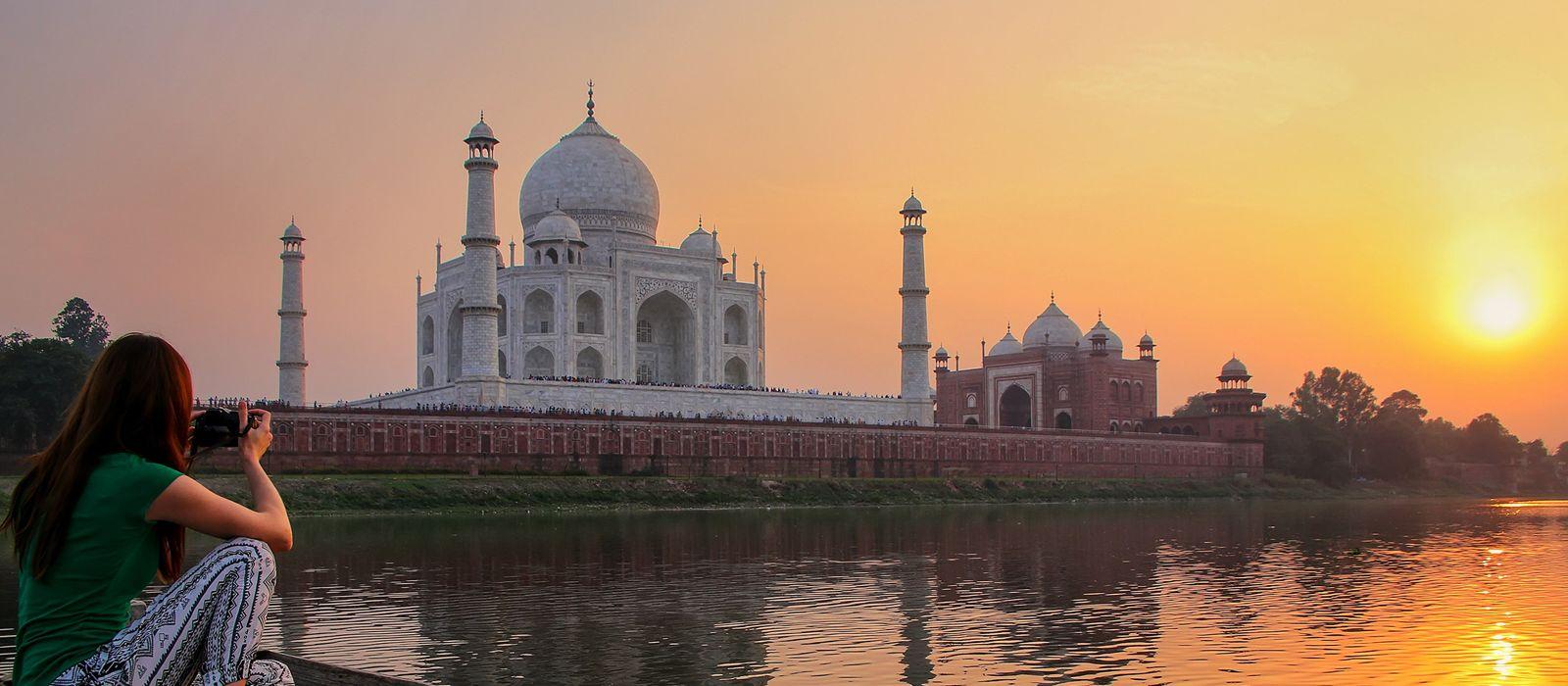 North India Tours With Enchanting Tracels Taj Mahal