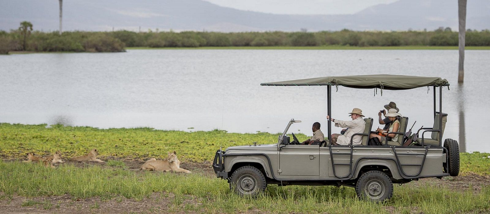 Tanzania – Luxury Safari and Barefoot Paradise Tour Trip 1