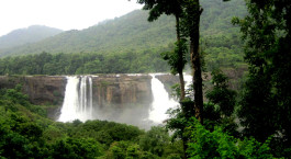 Reiseziel Athirapally Südindien