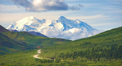 Example private tour: Road Trip: Alaska's Majestic Landscapes