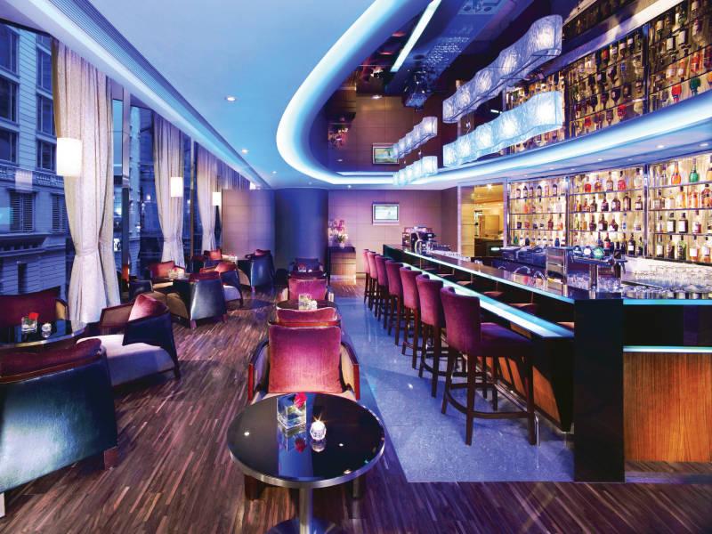 Middle Row Bar