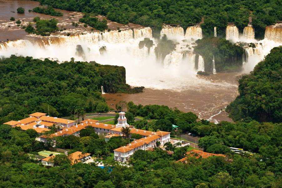 Hotel Das Cataratas and Iguazu Falls