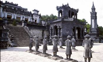 Khai Ding Tomb Mandarin Statues