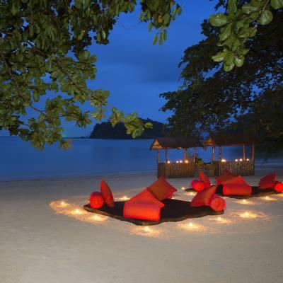 Beach eco dinner