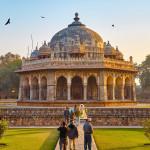 Delhi Sehenswürdigkeiten: Char Bagh Garten mit Mausoleum