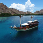 Indonesia travel guide - boat ride