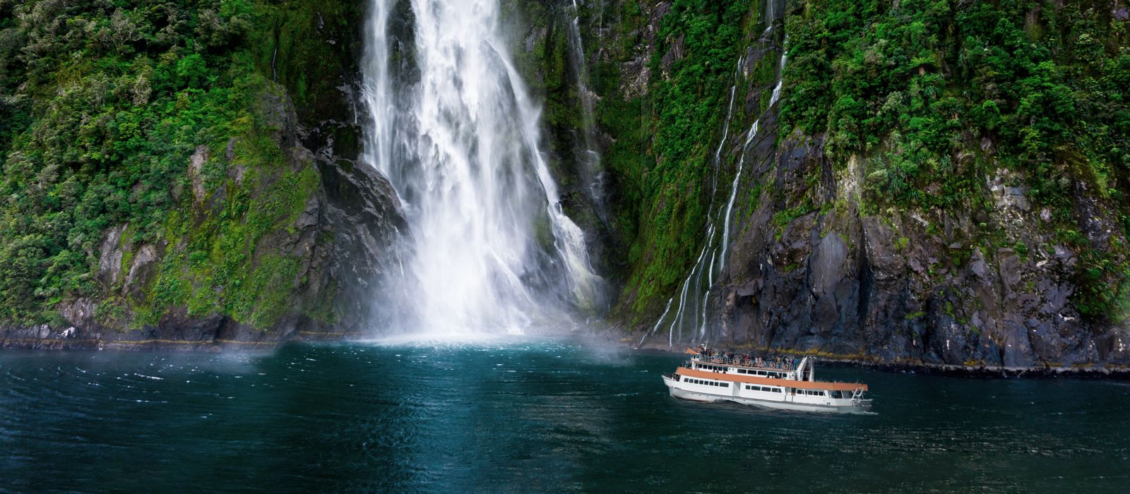 Stirling Falls at Milford Sound in South Island of New Zealand
