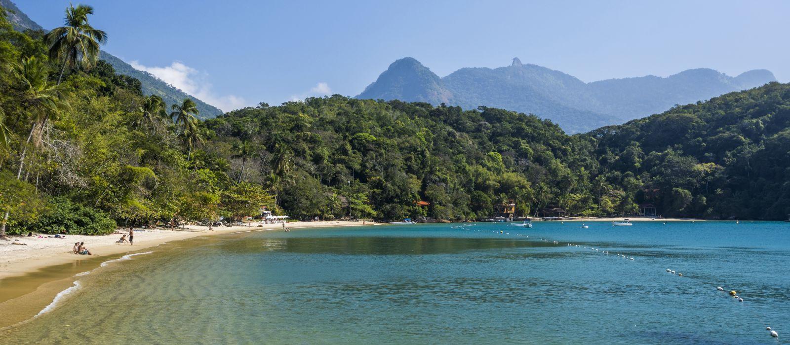Praia de Abraaozinho (Abraaozinho Beach) in tropical Ilha Grande (Grande Island) in south Rio de Janeiro, Brazil, South America