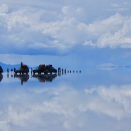 Gewässer von Uyuni in Bolivien