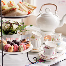 Enchanting Travels UK & Ireland Tours traditional English tea, high tea