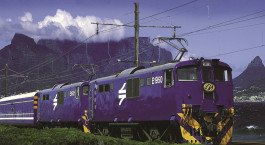 Exterior view of the Blue Train (Cape Town – Pretoria) in South Africa