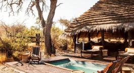 Pool im Camp Kalahari Hotel in Kalahari Salt Pans, Botswana