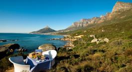 Picknick mit Blick auf die Metropole Twelve apostles Hotel & Spa, Kapstadt, Südafrika