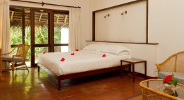 Enchanting Travels- South India Tours - Alleppey - Marari Beach Resort - Bedroom