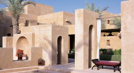 Außenanlage des Bab Al Shams Desert Resort & Spa in Dubai