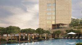 Swimmingpool The Leela Ambience Gurgaon Indien
